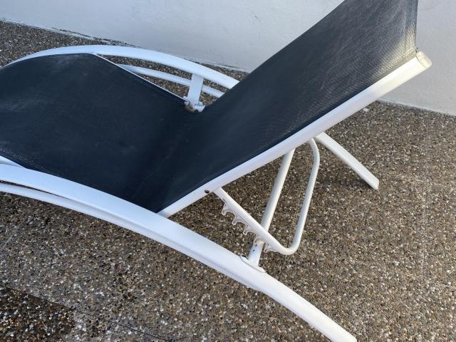 Mesa de comedor 120 € - 2/3